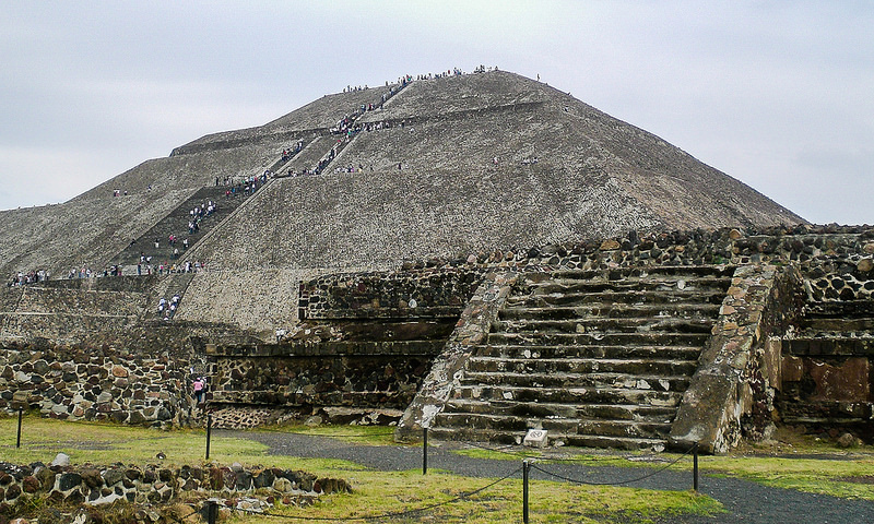 pyramid_of_the_sun