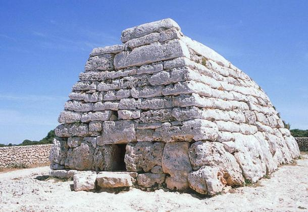 Tomb of Es Tudons, monument of the Talaiotic peoples of Menorca.