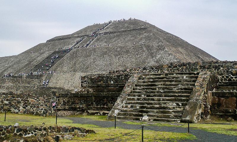 pyramid_of_the_sun