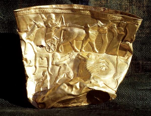 gold-bowl-Hasanlu